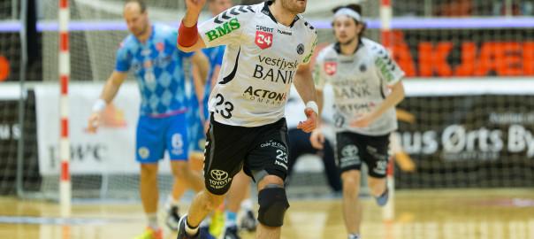 Simon Birkefeldt fejrer en scoring i kampen mod KIF Kolding København, foto: hfoto.dk