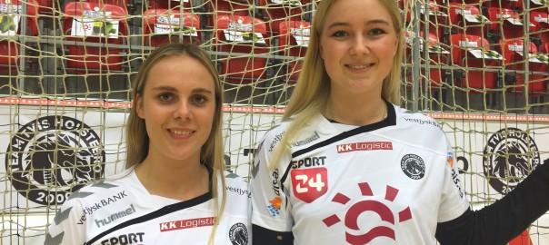 Line og Emilie præsenteres og skal spille i den hvide trøje i 16/17 sæsonen. Foto: Team Tvis Holstebro